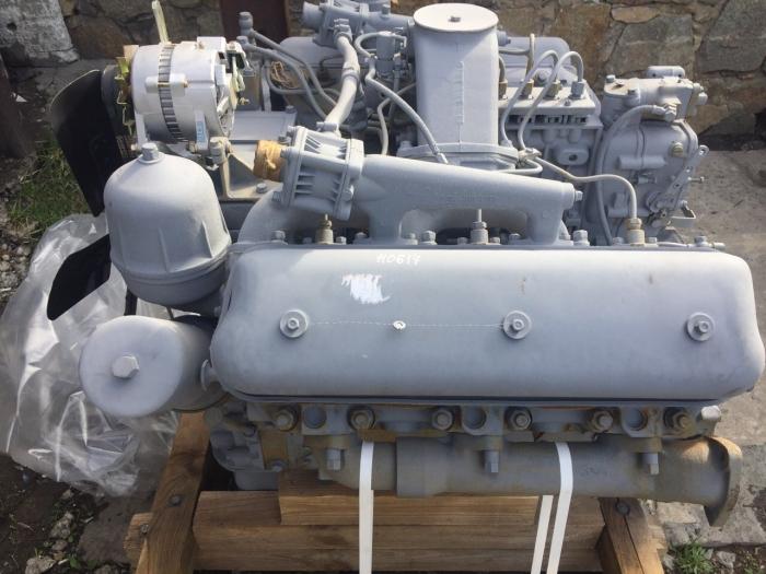 Двигатель ЯМЗ-236М2 без турбины Тип двигателя: 6-цилиндровый дизельный двигатель с V-образным расположением цилиндров,  4-тактный, с непосредственным впрыском топлива (без турбонаддува).